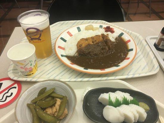 西条市, 愛媛県, レストランで選んだカツカレー、板ワサ、鯛の子の煮物