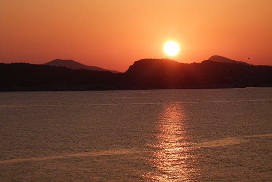 Valamar Dubrovnik President Hotel: Sunset from room