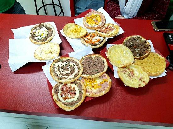 Chapeco, SC: Esfihas e kibes deliciosos!!!