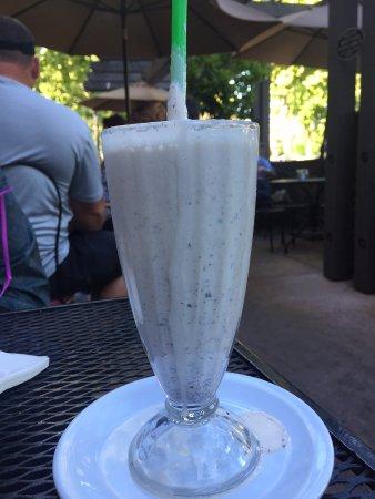 Vacaville, CA: Swiss Milk Chocolate Shake