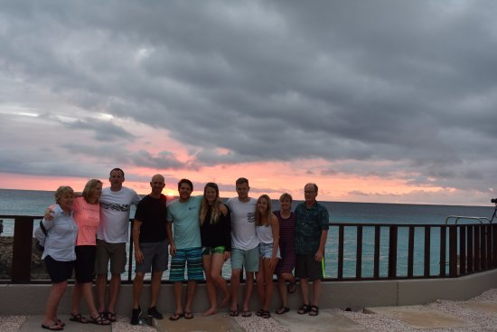 Flow: Bonaire Family Photo--Leo is wearing the black shirt!