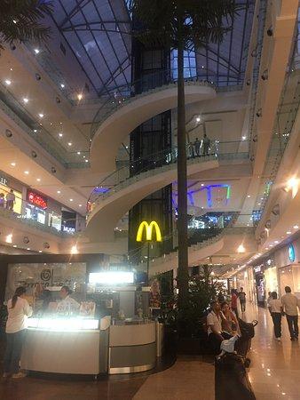 Cacique el Centro Comercial