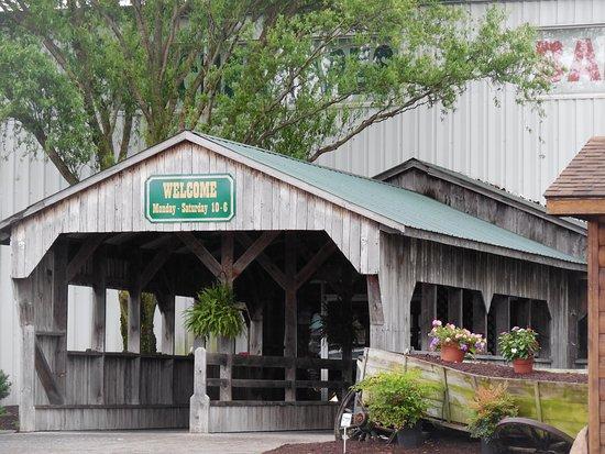 Shenandoah Heritage Market: Open Monday - Saturday from 10-6