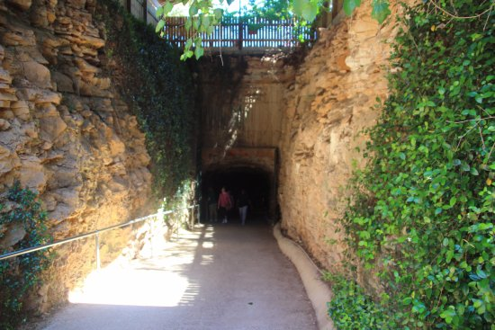 Georgetown, TX: Inner Space Cavern - Cave Entrance