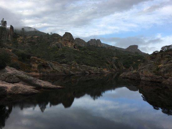 Paicines, Kalifornien: Resevoir after caves