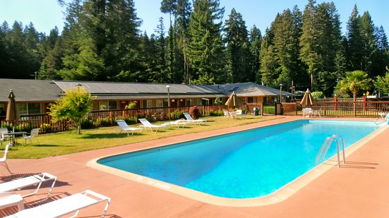 Monte Rio, Califórnia: Large solar-heated pool