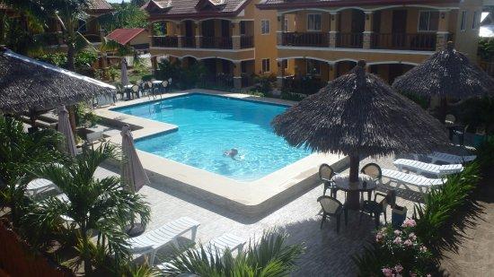 Slam's Garden Resort: pool_large.jpg