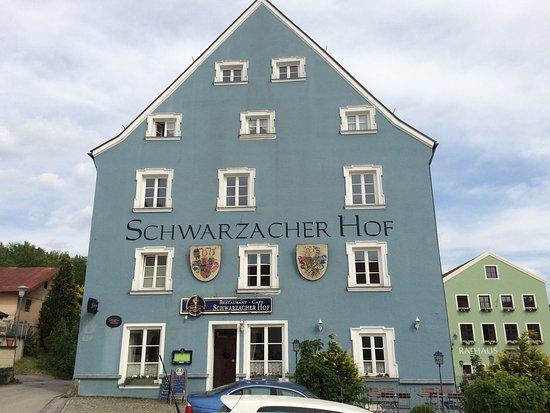 Schwarzacher Hof Hotel