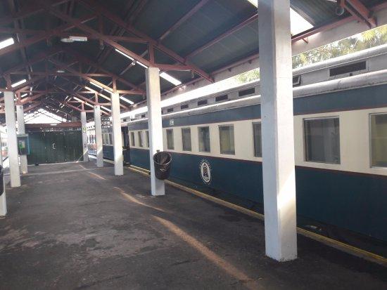 African Train Lodge: Aussenbereich