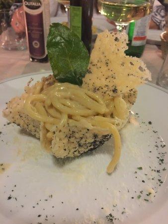 Villa Olmi Firenze: Un restaurant au milieu du domaine une cuisine Toscane délicieuse