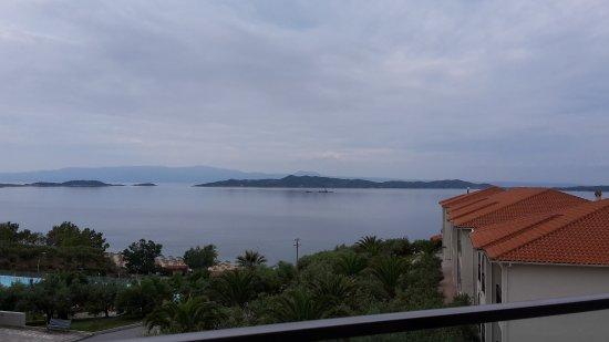 Akrathos Beach Hotel: Das Meer am frühen Morgen
