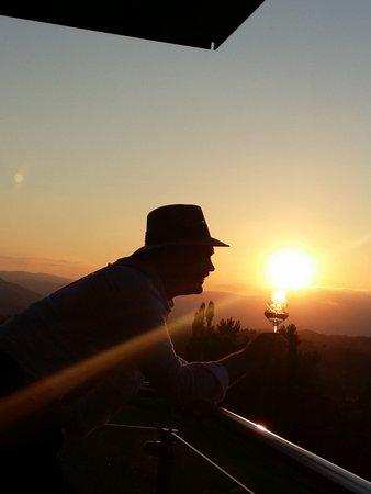 Gamlitz, Austria: Abendsonne über dem Wurzenberg