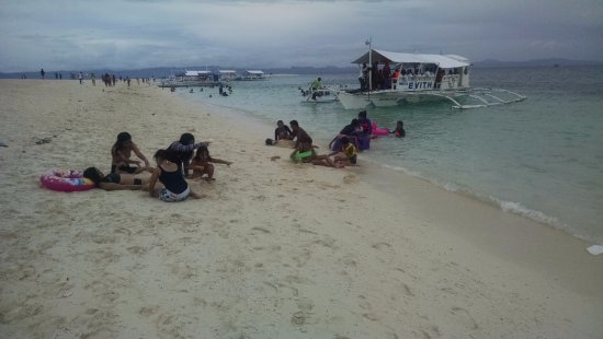 Kalanggaman Islet: everyone is buried :D