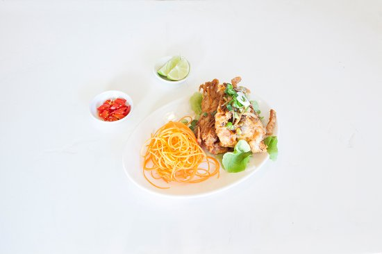 Randwick, Australia: Soft shell crab coated in corn four and lightly stir-fried with special sauce on top