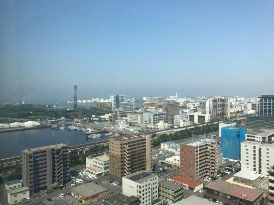 Candeo Hotels Chiba : 頂樓早餐時的景觀