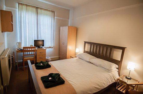Mirfield, UK: Double Room