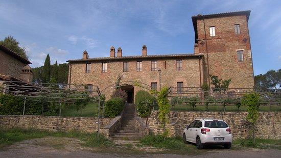 Castiglione della Valle, อิตาลี: Teilansicht der Burg