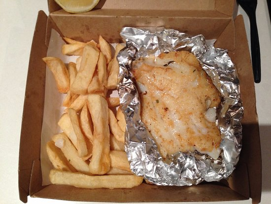 Hawthorn, Australië: Grilled Dory with chips