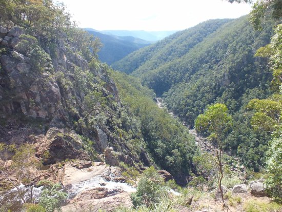 Tenterfield, Australia: Falls into the valley