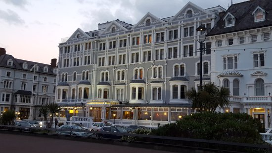 The Imperial Hotel: 20170522_212845_large.jpg