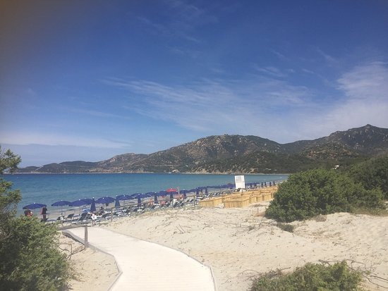 Hotel Fiore di Maggio: Interno camera e spiaggia