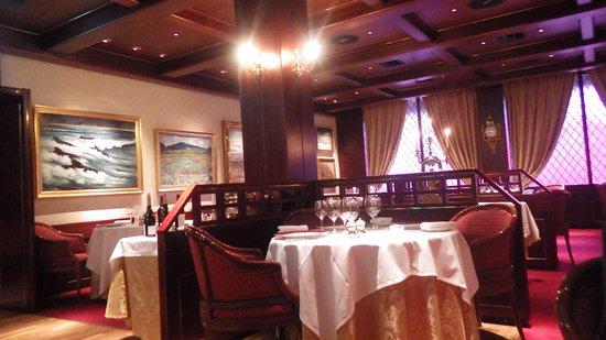 Hotel Holt: Dining room (not breakfast room)