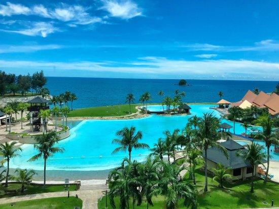 Kampong Jerudong, Brunei Darussalam: Part of the pool