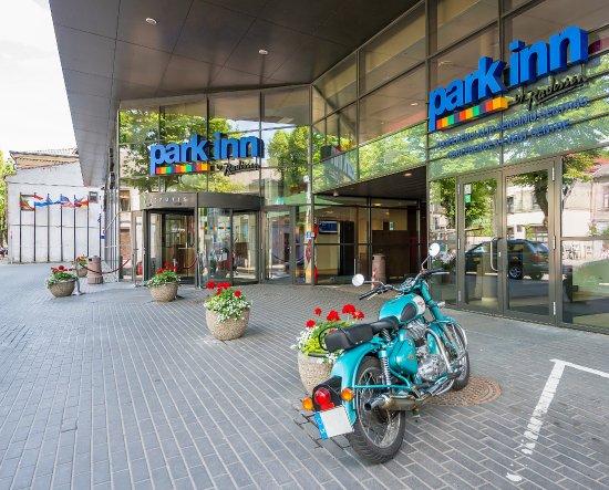 Park Inn by Radisson Kaunas: Entrance