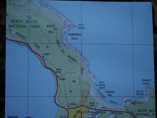 Blueys Beach, Avustralya: Map showing the beach and walking trails