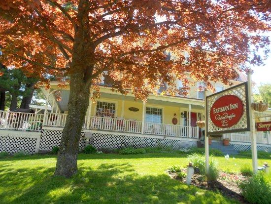Eastman Inn : Wrap Around Porch