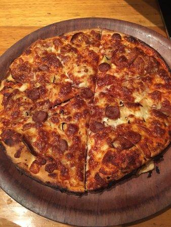 Botany, Australia: Meatlover Pizza