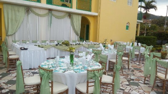 Villa Sonate: Wedding setting