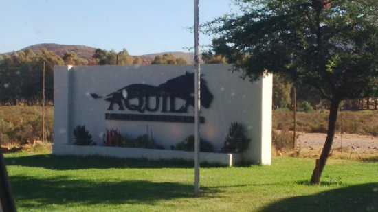 Aquila Private Game Reserve: The Entrance