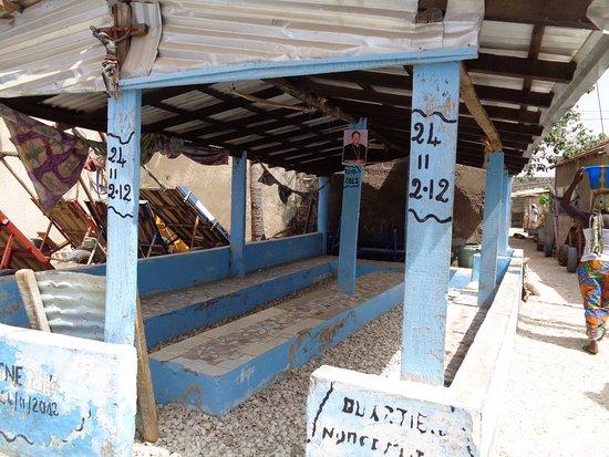 Joal Fadiouth, Sénégal : Casa Vecinal