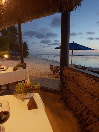 Arorangi, Νήσοι Κουκ: Blick vom Restaurant zum Strand