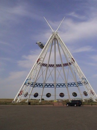 Medicine Hat, Canadá: The biggest tepee in the world