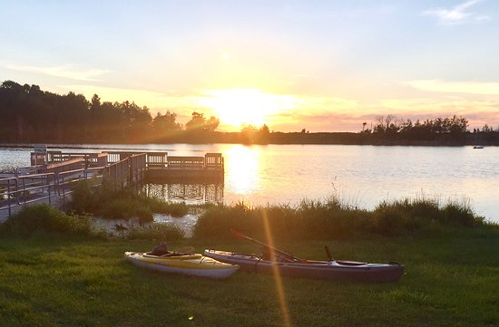 Arcadia, MI: Nearby Grebe Park kayak launch and fishing dock