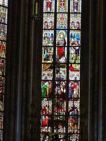 Брно, Чехия: Stained glass