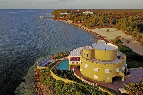 Cayman Castle: Private Beach and Grounds