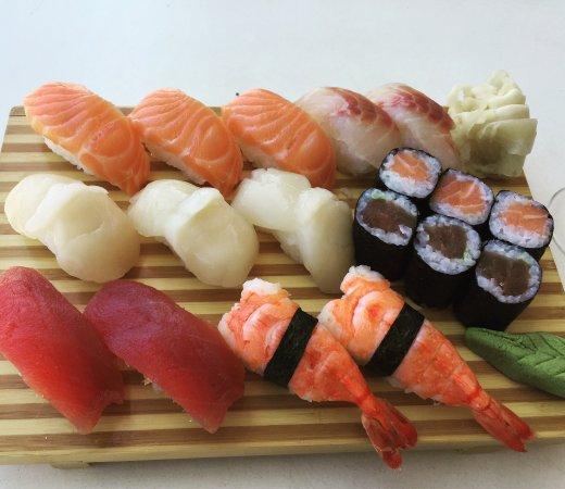 Strombeek-Bever, Belgium: Sushi, soba, sashimi