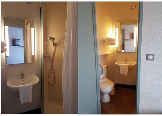 Cesson-Sevigne, France: Douche et toilette dans la chambre