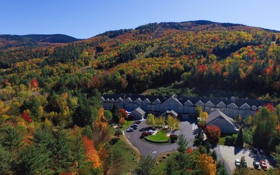 Bartlett, NH: The Fall Foliage Season in New England is Gorgeous.  Let the Grand be your scenic drive headquar