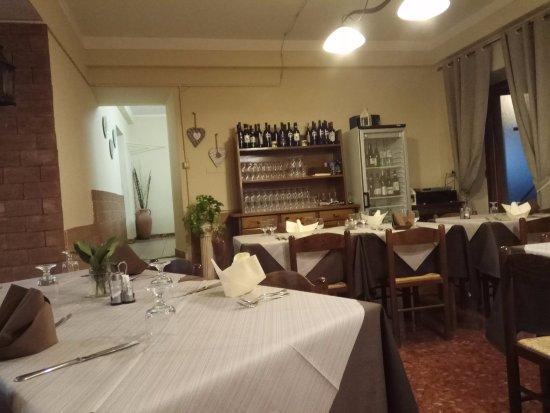Giove, Italy: sala da pranzo