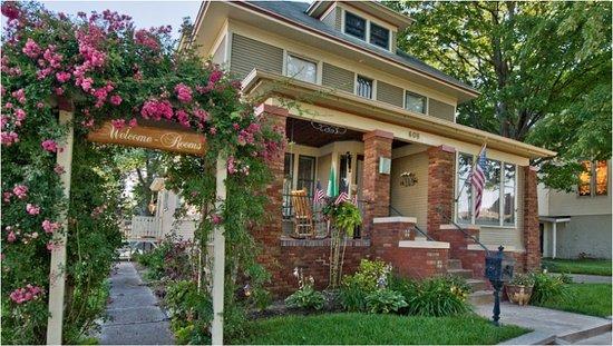 Grand Haven, MI: Washington Street Inn-Historic Home