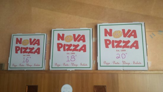 Fort Lee, Νιού Τζέρσεϊ: 3 different large pizza sizes