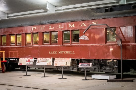 National Railroad Museum >> Pullman Porters Exhibit Picture Of National Railroad Museum Green