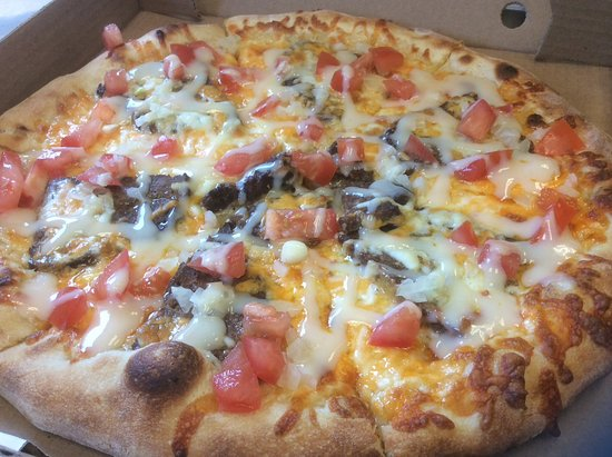 Grand Manan, Canada: The Halifax, our Donair pizza
