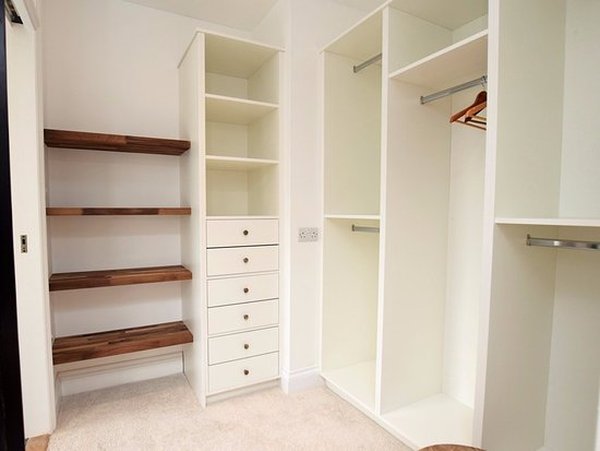 Cury, UK: Walk-in Wardrobe in the master bedroom