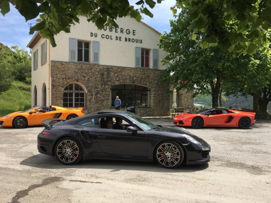 Breil-sur-Roya, Prancis: More beautiful cars.