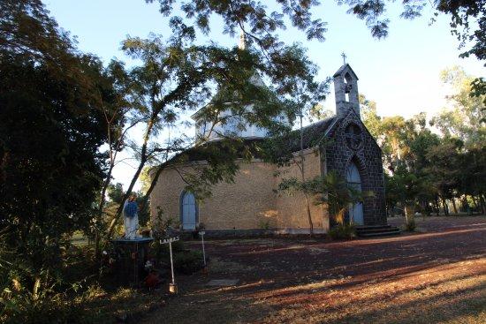 Saint-Gilles-les Hauts, Reunion Island: Chapelle construite par mme DESBASSAYNS